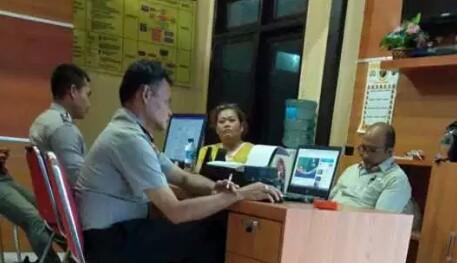 Junita Bersama Kuasa Hukumnya Laporkan Pelaku Premanisme Pelabuhan Gunungsitoli di Polres Nias
