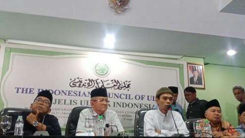 """JUMPA PERS: Ustaz Abdul Somad Tegaskan Tidak Akan Minta Maaf Terkait Video """"Jin Kafir"""""""