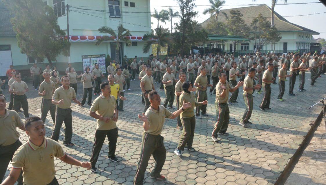 Sukseskan HUT Ke-74 TNI, Korem 071/Wk Latihan Bersama Tari Sajojo