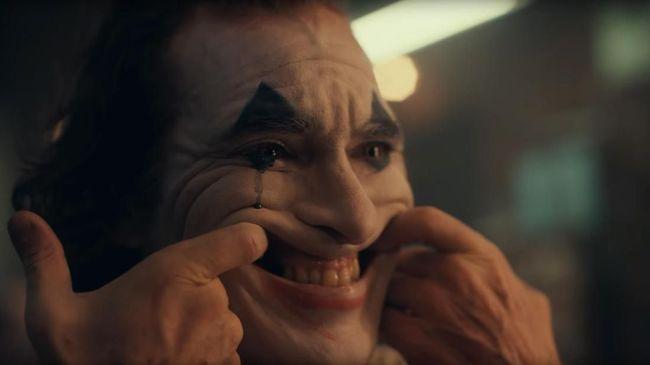 5 Kutipan Arthur Fleck Yang Buktikan Joker Bermental Korban