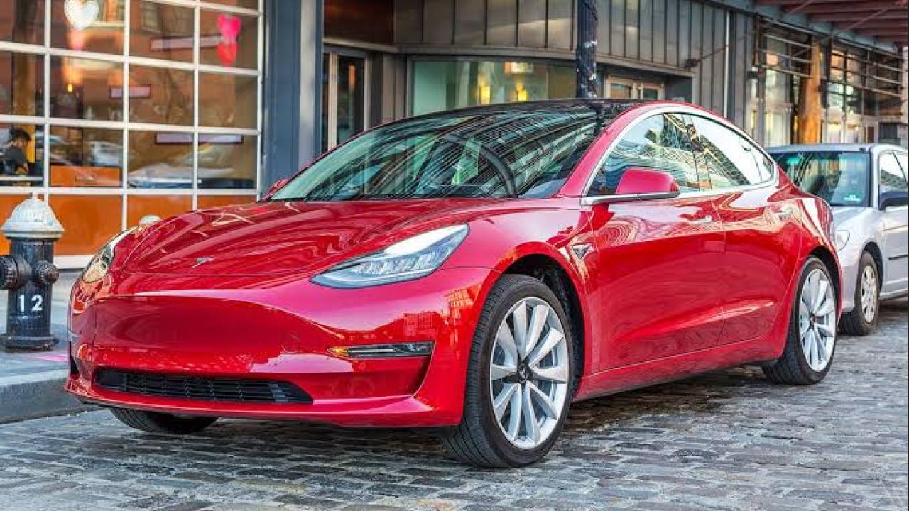 Tesla 3 Mobil Listrik Ramah Lingkungan Harga 1 5 Miliar Ini Kecanggihannya Nesiatimes Com