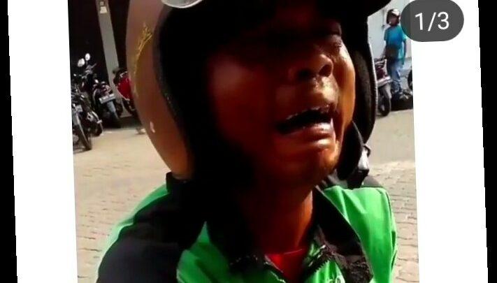 Driver GoJek MENANGIS, Orderan Rp200 Ribu Dibatalin, Padahal Lagi Tidak Ada Uang