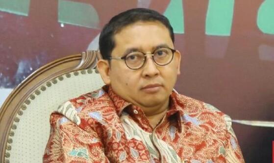 Fadli Zon Kritik Jokowi Soal Bansos: Rakyat Tak Butuh Tas Berlogo 'Banpres' Tapi Isinya!