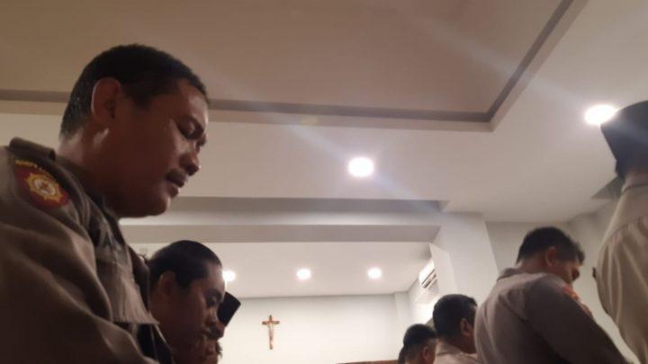 Gereja di Surabaya Sediakan Mushala untuk Aparat yang Berjaga Misa Natal