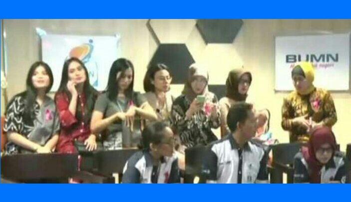 Ini Dosa-dosa Ari Askhara di Mata Awak Kabin Garuda Indonesia