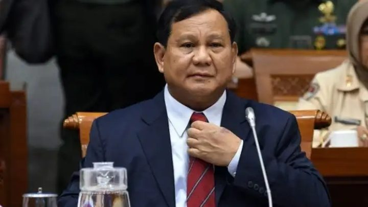 Prabowo Kerahkan Panglima TNI ke Tiongkok Ambil Alat Kesehatan COVID-19