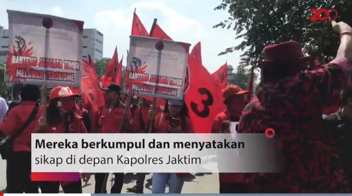 Bendera Dibakar, Ribuan Kader PDIP Geruduk Polres Jakarta Timur