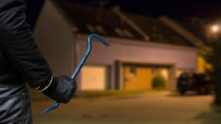 Dor! Polisi Tembak Pelaku Pencurian Rumah Kosong di Kalideres