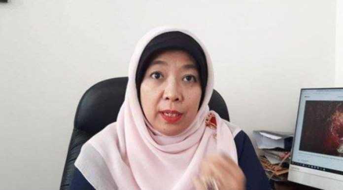 Sebut Bisa Hamil di Kolam Renang, Sitti Hikmawatty Resmi Dipecat Presiden Jokowi