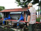 Gubernur Jawa Tengah, Ganjar Pranowo melakukan inspeksi mendadak (sidak) banjir di rumah Pompa Mberok Semarang, Minggu (7/2/2021). (Sumber: Humas Pemprov Jateng).
