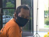 Ustaz Gondrong alias Herman, pelaku aksi penggandaan uang. (Sumber: detikcom).