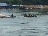 Perahu terbalik di Waduk Kedungombo, Boyolali. 9 orang dilaporkan hilang tenggelam. (Sumber: Istimewa)