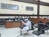 Habib Rizieq menangis saat membacakan pleidoi. (Sumber: detikcom)