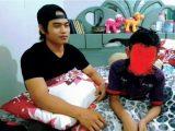Youtuber Sahabat Kacong alias Ahmad saat berkolaborasi dengan Hisyam, anak seorang TKW yang kini sebatang kara. (Sumber: Banjarmasin Post.co.id.).