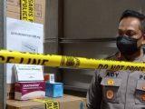 Kapolres Metro Jakarta Barat Kombes Ady Wibowo saat menggerebek lokasi gudang PT ASA terkait kasus penimbunan obat Covid-19 Azithromycin (Sumber: suara.com).