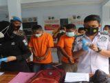 Aparatur sipil negara (ASN) yang bertugas di Satpol PP Lombok Tengah, Rahmad Budiman (51) bersama dua rekannya ditangkap polisi lantaran kasus peredaran narkoba (Sumber: jpnn.com).