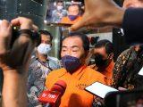 KPK menetapkan Bupati Banjarnegara Budhi Sarwono dan pihak swasta Kedy Afandi sebagai tersangka dalam kasus dugaan korupsi (Sumber: ANTARA FOTO).