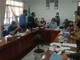 Detik-detik Anggota Dewan Siram Wajah Ketua DPRD di Humbahas, Videonya Viral
